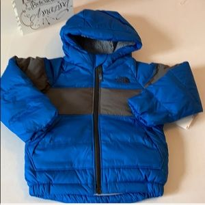 NEW North Face Down Hooded Jacket ☃️